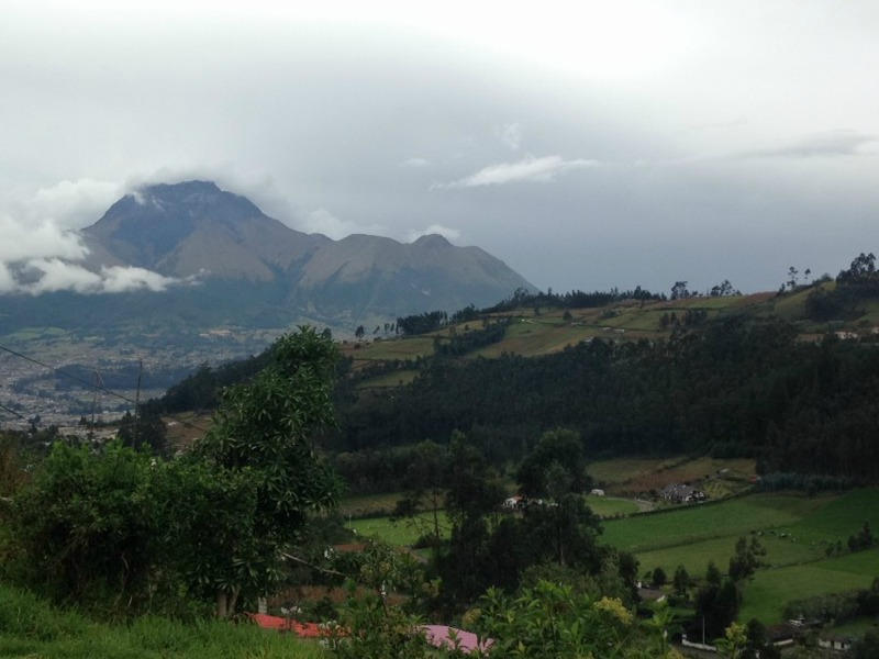 Volunteer_Teacher_Mountain_Ecuador_View