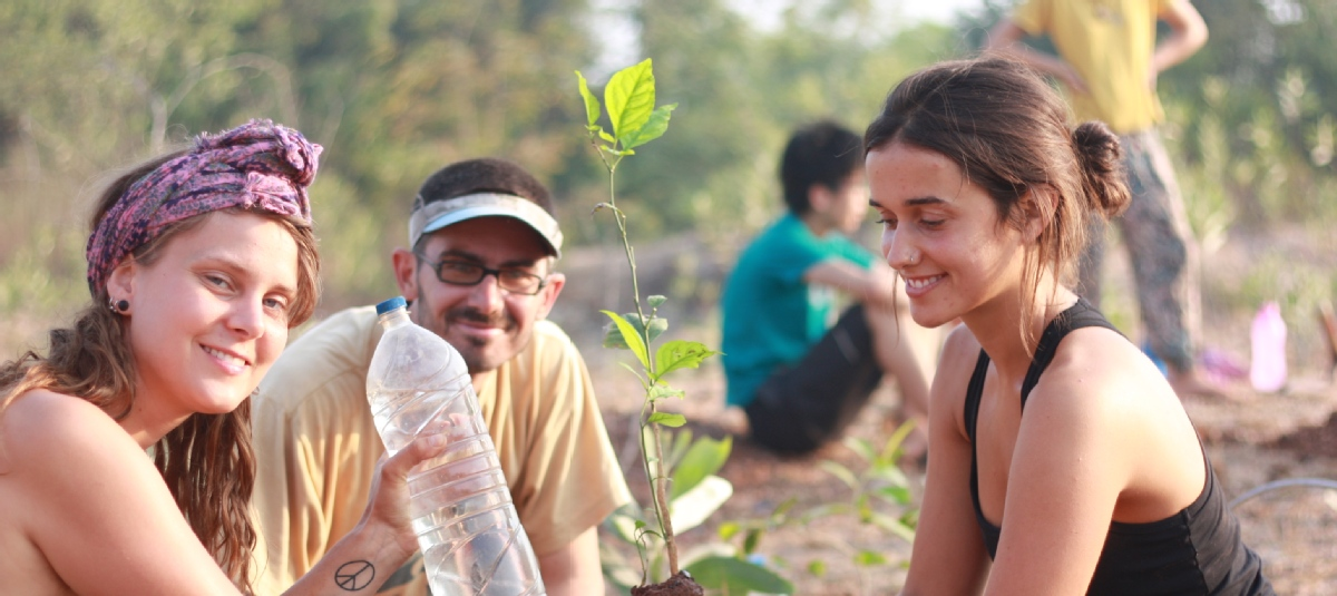 volunteer opportunities abroad holiday india conservation environment agriculture animals vegan
