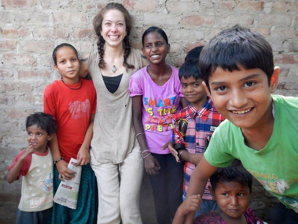 volunteer opportunities abroad holiday india teach english school agriculture farm healthcare doctors dentists nurses women empowerment