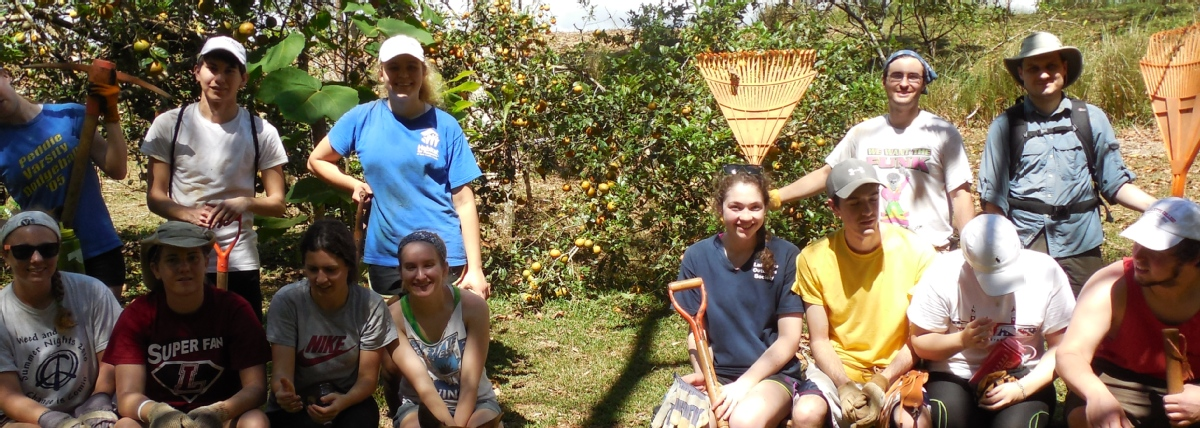 volunteer opportunities abroad seniors retirees holiday farm animals conservation costa rica
