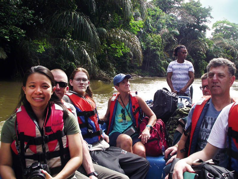 volunteer-abroad-givingway-winter-break-costa-rica